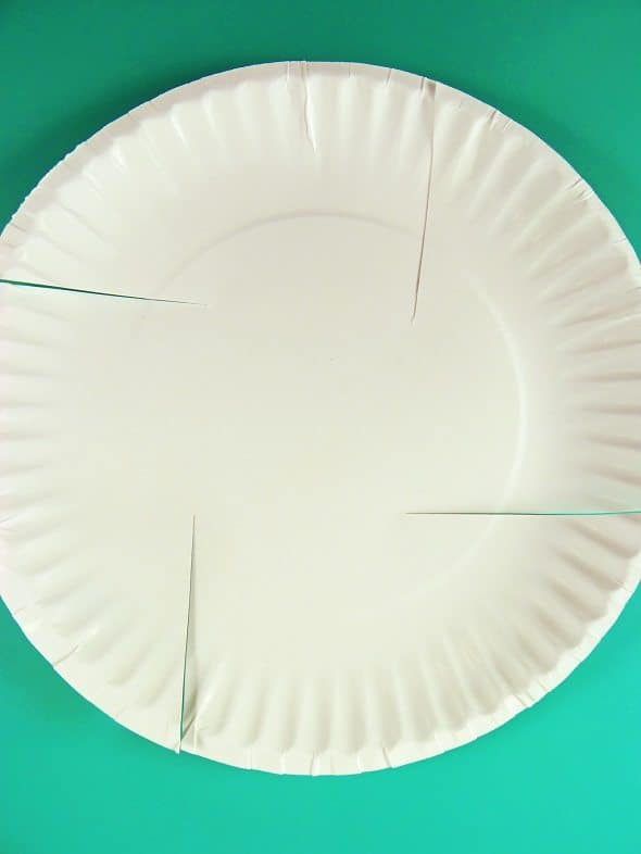 Paper Plate Easter Basket: Step 1