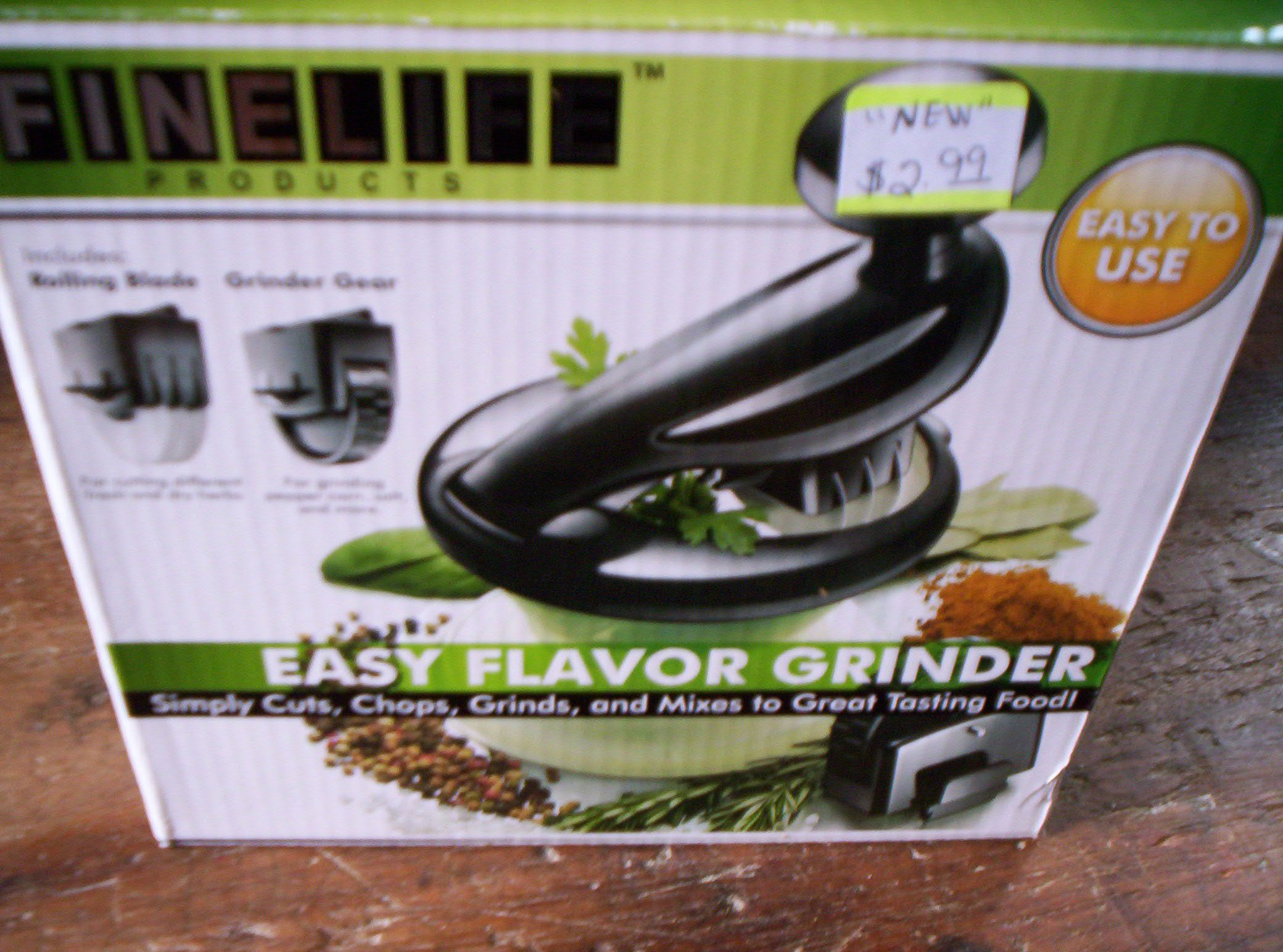 Herb and Spice Grinder