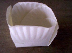 Paper Plate Easter Basket: Step 4