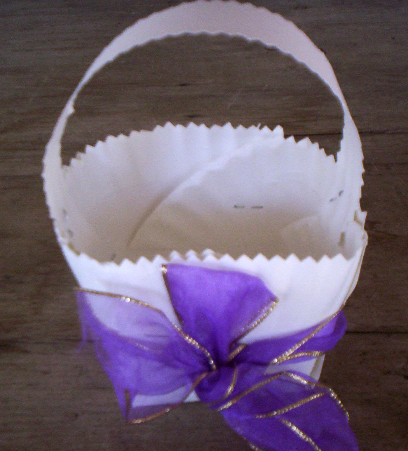 Paper Plate Easter Basket: Step 7