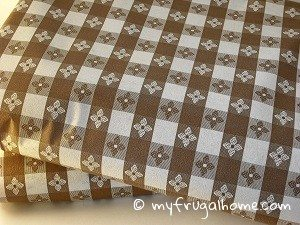 Brown Checkered Tablecloths