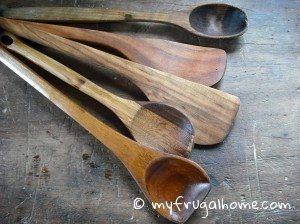 How to Season Wooden Spoons