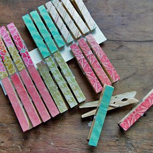 How to Make Decoupauged Clothespins
