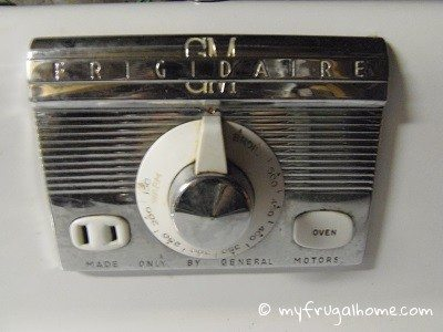 Vintage Frigidaire Oven Knob