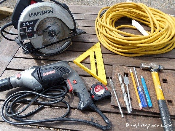Tools Needed to Build a Carpenter Bee Trap