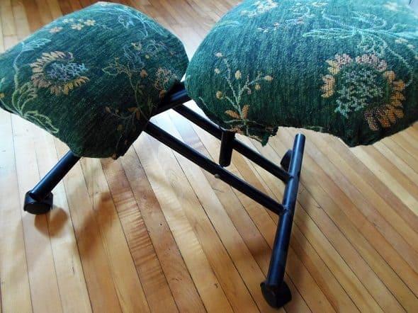Kneeling Chair Before