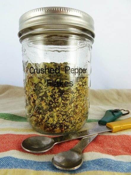 How to Make Crushed Pepper Flakes