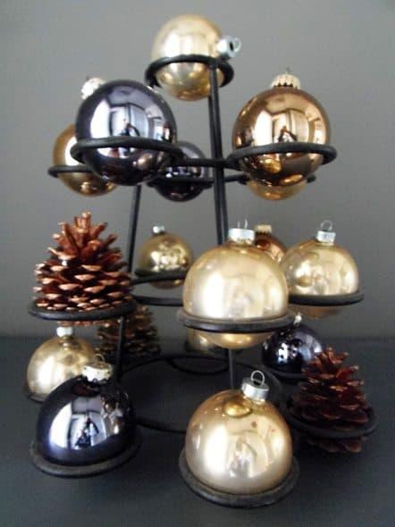 Apple Rack Christmas Tree