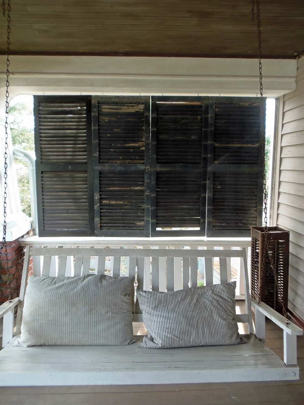 Shutter Privacy Screen