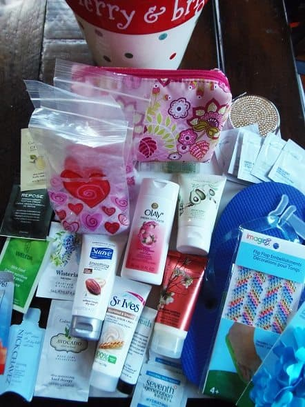 Contents of Beauty Gift Basket