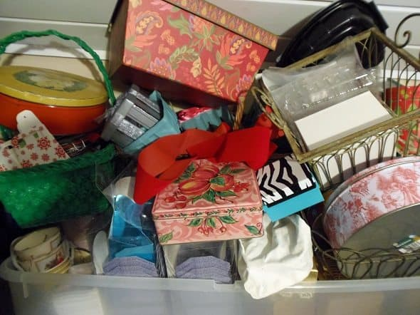 Gift Baskets, Tins and Boxes