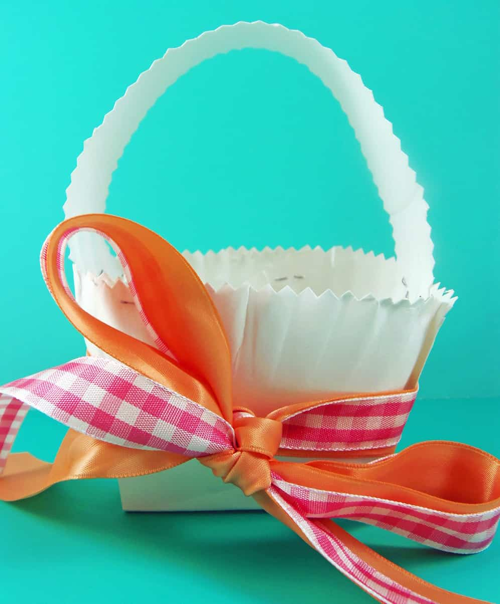 Paper Plate Easter Basket & How to Make a Paper Plate Easter Basket