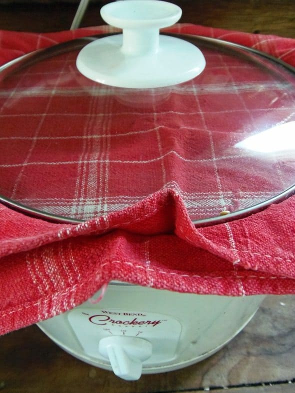 Cover Crockpot with Towel