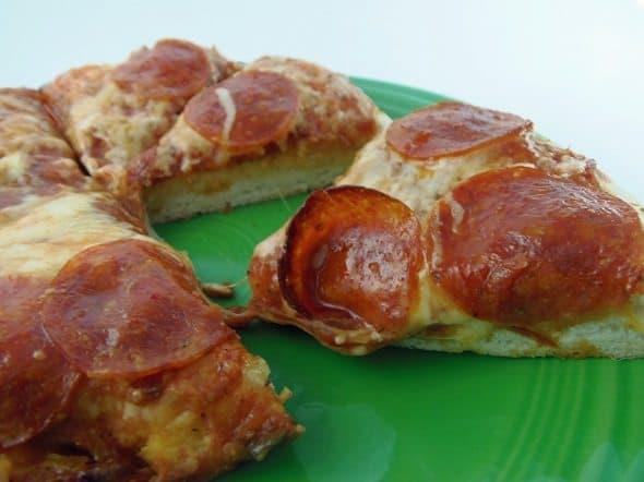 Pepperoni Pan Pizza