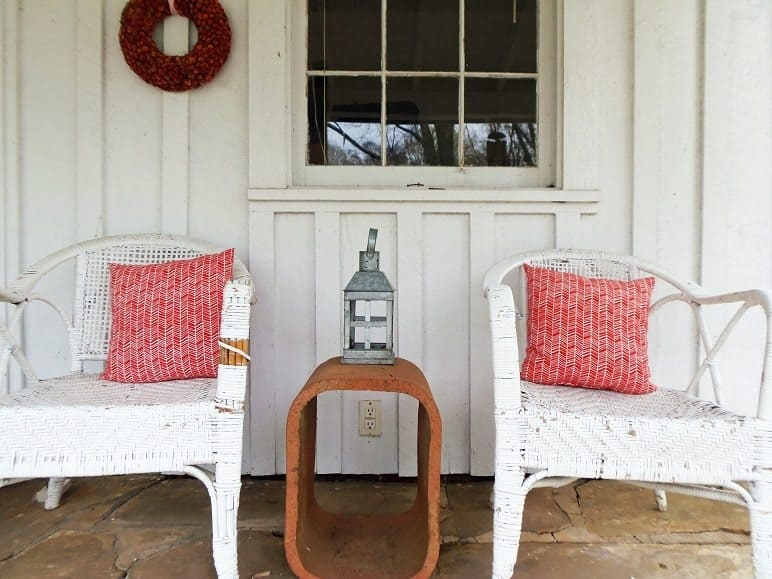 White Wicker Chairs and End Table