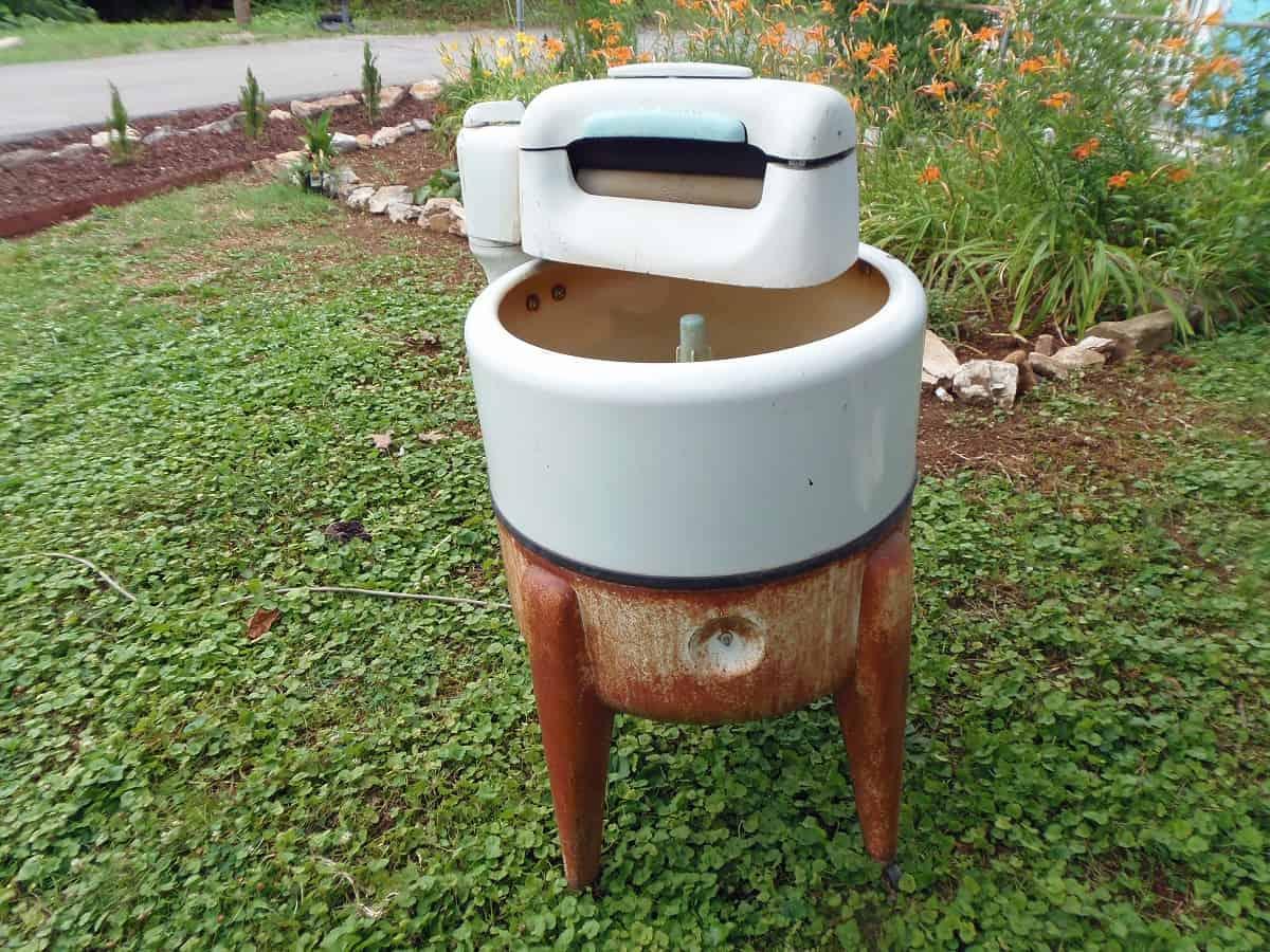 Rusty Wringer Washer