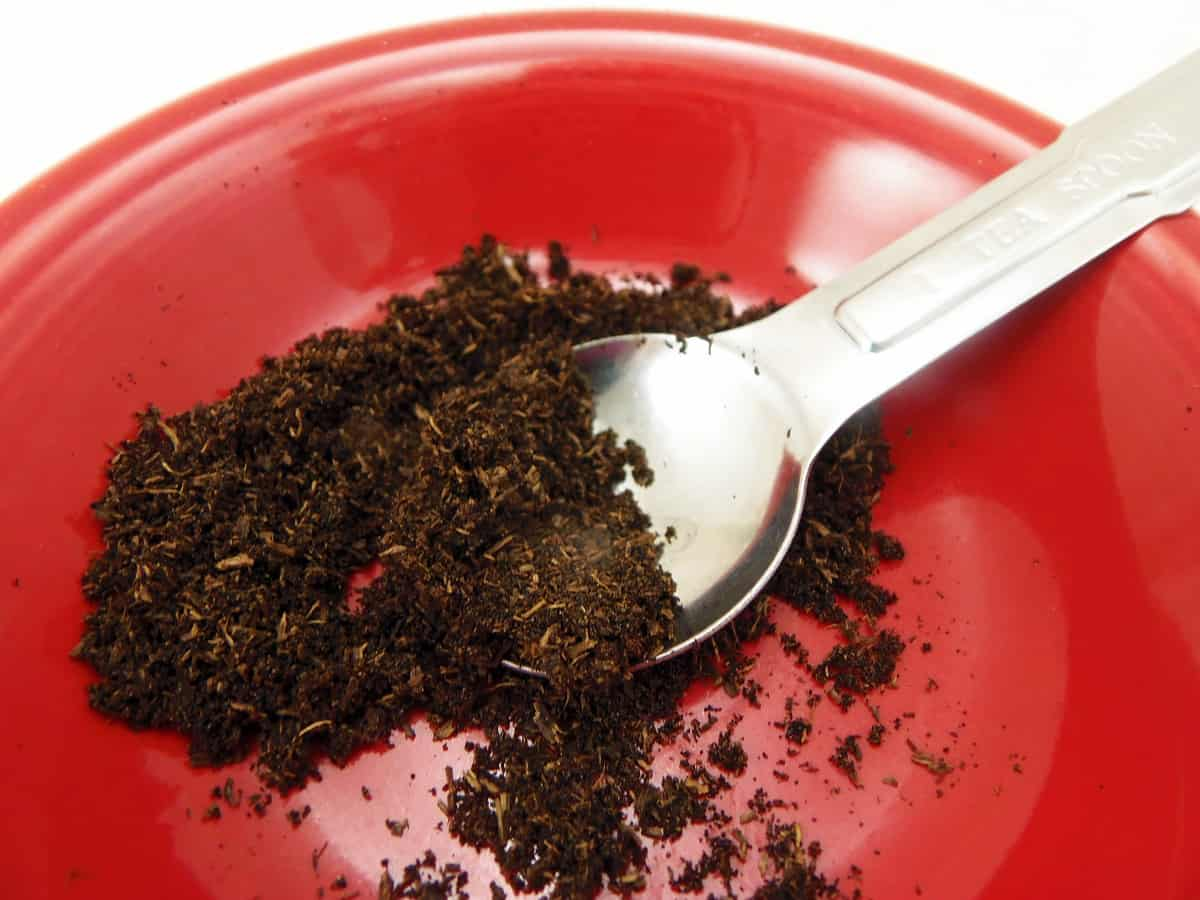 How to Make Vanilla Bean Powder