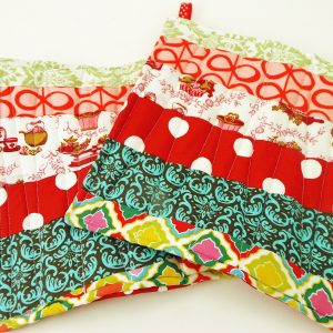 How to Make a Fabric Scrap Potholder