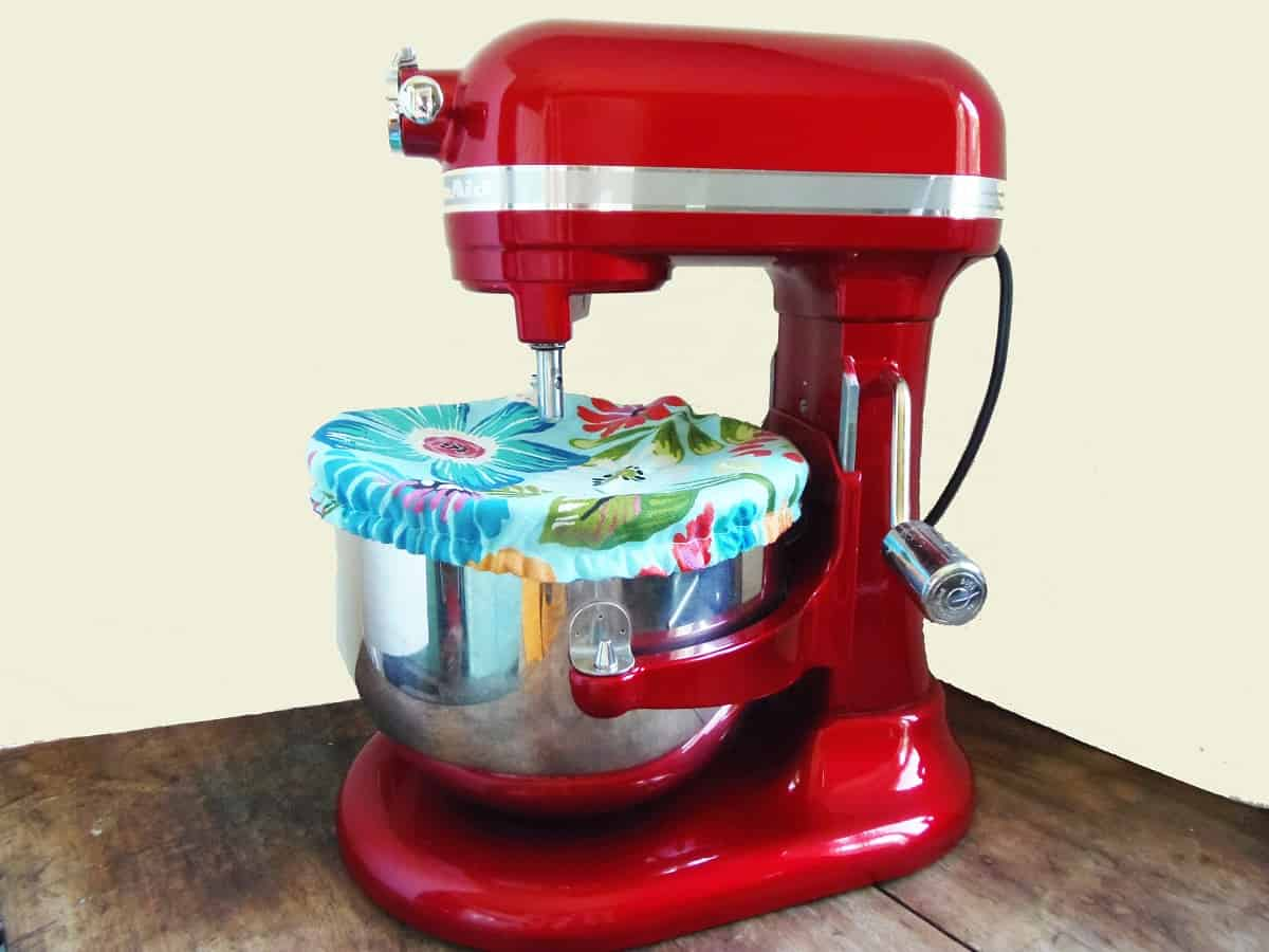 How to Make a Bowl Cover for a Stand Mixer