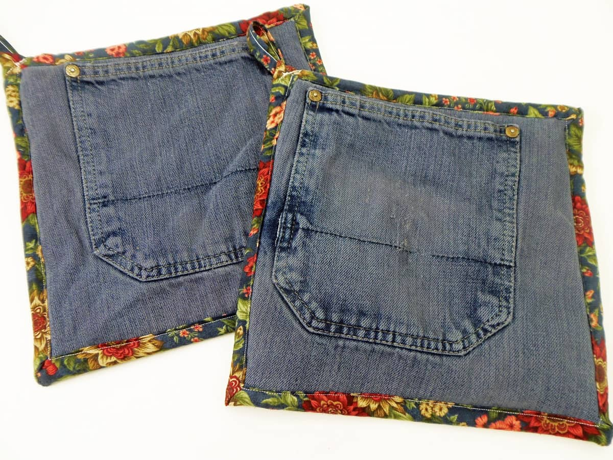 Jean Pocket Potholders With Blue and Burgundy Floral