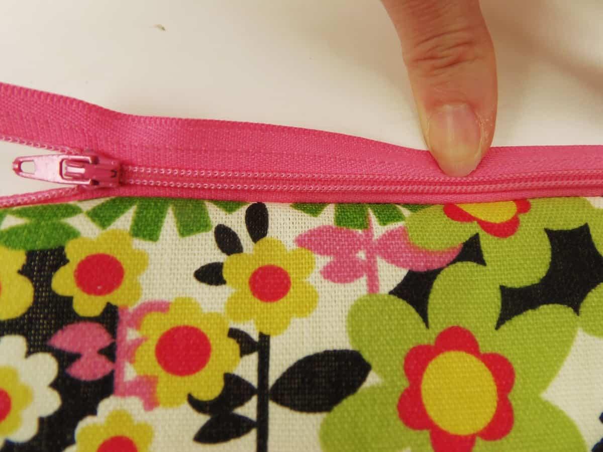 Zipper Sewn to Fabric