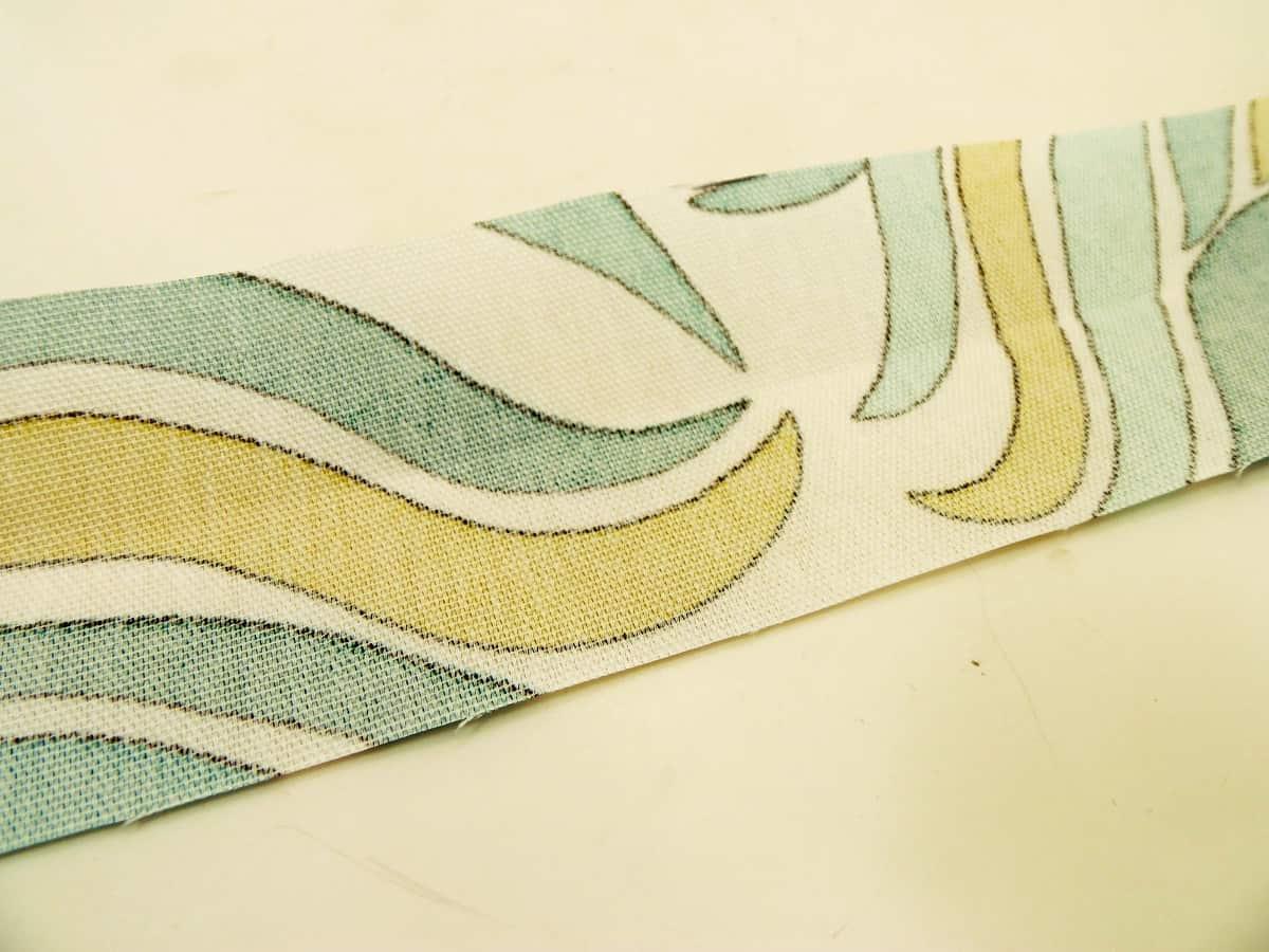 Unfold Fabric Handle