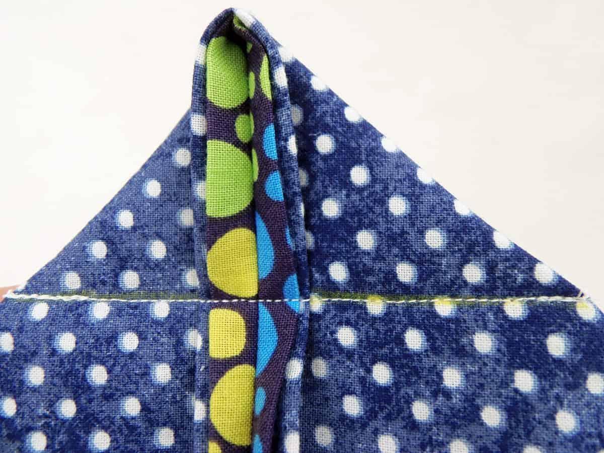 Sew Along Line to Box Corners