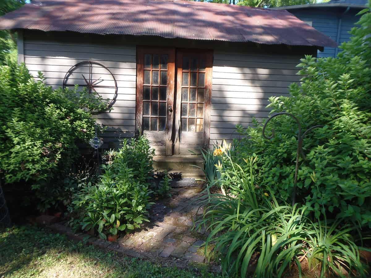 Garden Beside Garage